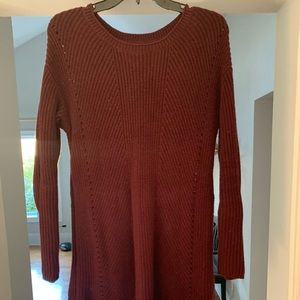 Maroon tunic sweater with side zip detail